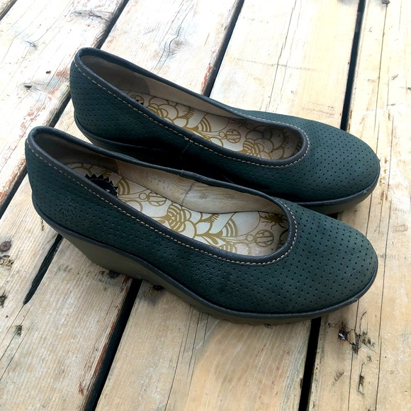 Fly London Yoni Wedges - 38